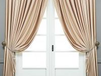 Бежевые шторы — лучшие идеи, преимущества использования в оформлении и особенности применения в дизайне интерьера (105 фото)
