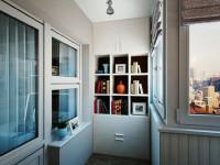 Шкаф на лоджию, плюсы и минусы, оптимальные модели, габариты, материалы