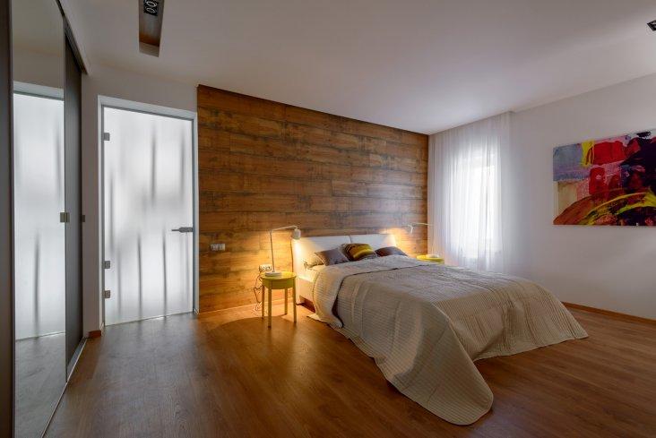 Ламинат на стене - идеи интерьеров, дизайн и отделка | Какие интересные варианты отделки существуют | Фото самых красивых и смелых идей применения ламината