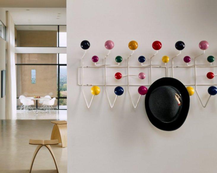 Вешалка-панель в прихожую как выбрать настенный вариант с декоративными крючками идеи для функциональных стеновых моделей в интерьере